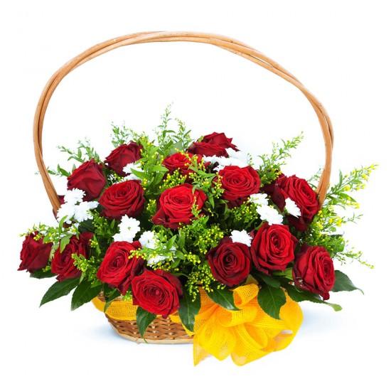Koš plný růží
