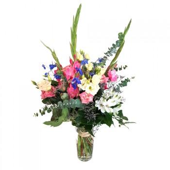 Summer bouquet of Gladiol